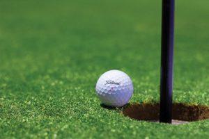 Parkgolf: golfen voor het goede doel in hartje Eindhoven